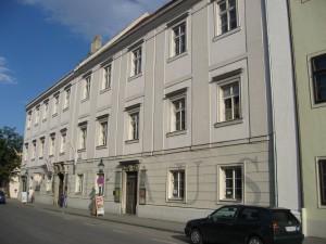 Old grammar school 2007, front
