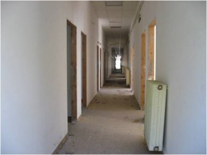 Corridor between rooms, 2010